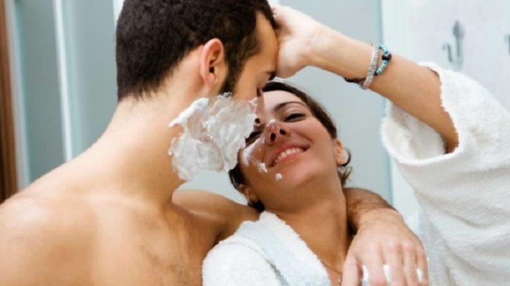 7 причин, почему принимать душ вместе – нежелательно