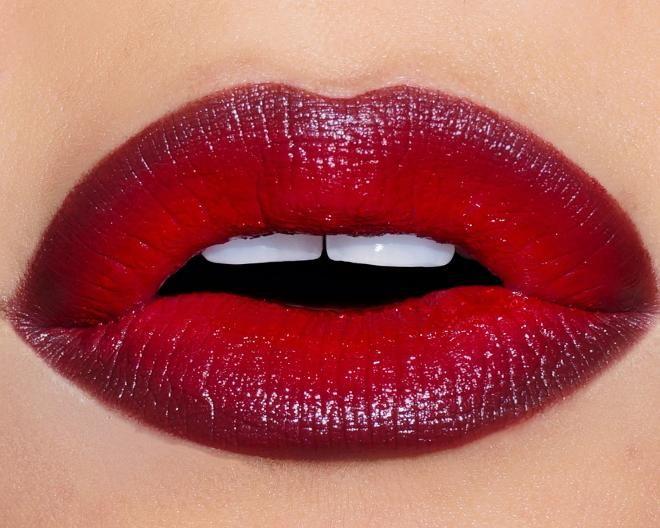 «Красим губы правильно. 6 распространенных ошибок в макияже губ «